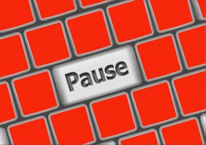 pause button mentality