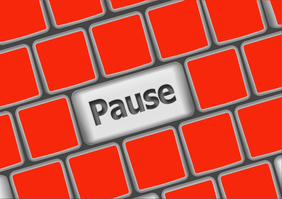 "Why The ""Pause-Button Mentality"" Is Ruining Your Health and Fitness"